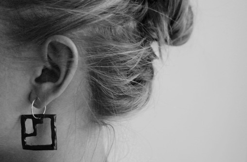 Steps_earrings_modeljpg